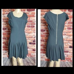 Geren Ford Gray A-Line Pleated Dress Medium